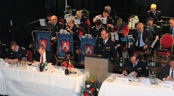 Kreisfeuerwehr hält Dienstversammlung ab