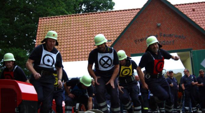 Feuerwehr Edendorf richtet stimmungsvolle Traditionswettkämpfe aus