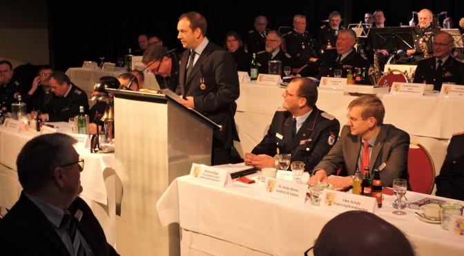 Kreisfeuerwehrverband würdigt ehrenhaftes Engagement seiner Feuerwehrleute