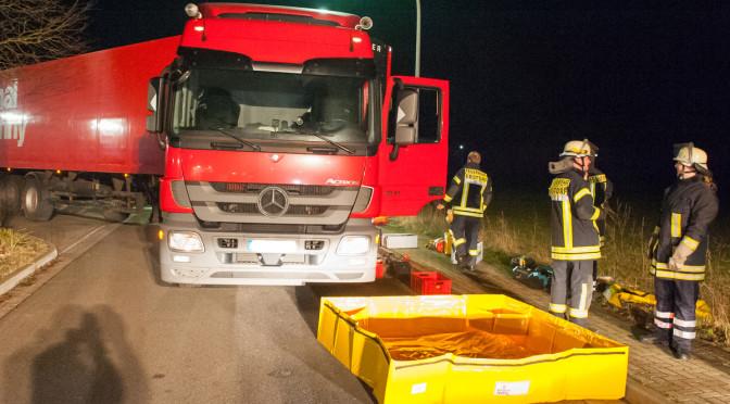 Lkw verliert mehrere hunderte Liter Dieselkraftstoff in Ebstorf