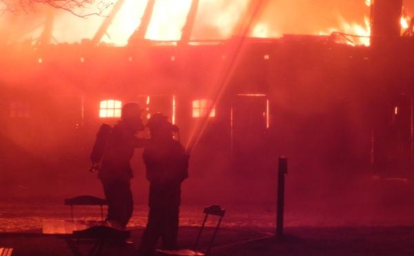 Brennender Schweinestall in Stadorf