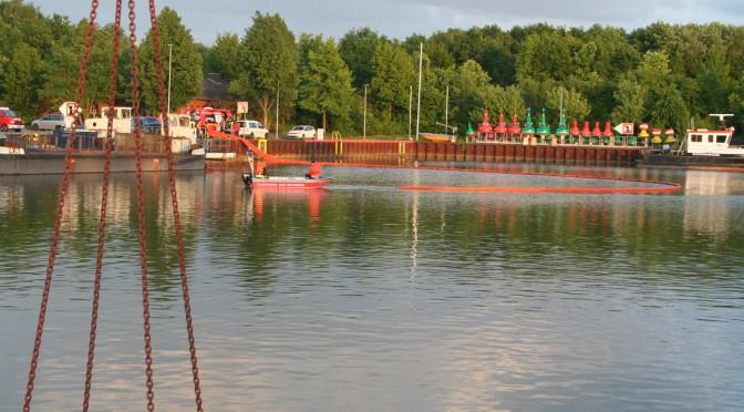 `Großeinsatz´ – Uelzener Gefahrgutzüge üben im Uelzener Hafen