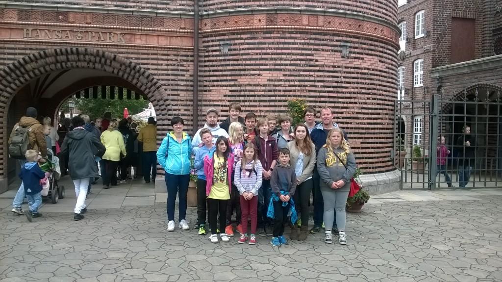 Hansa Park Eingang Gruppenbild