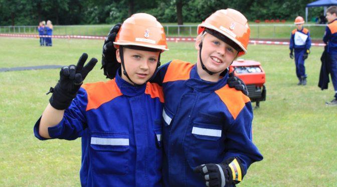 Jugendfeuerwehr Varendorf-Bornsen fährt Doppelsieg ein