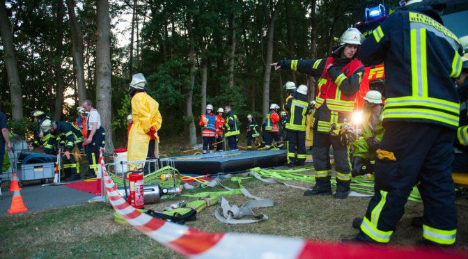 Übung des Gefahrgutzuges Nord in Groß Hesebeck
