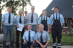 Sieger der Eimerfestspiele: Feuerwehr Teyendorf-Göddenstedt