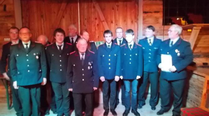 Polizei suchte die Unterstützung der Feuerwehr Wellendorf