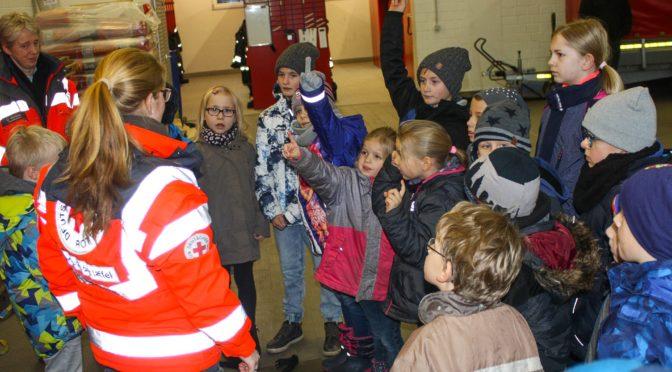 Kinderfeuerwehr Ebstorf: Frieda, Hugo, Jesse und Eddie zu Besuch