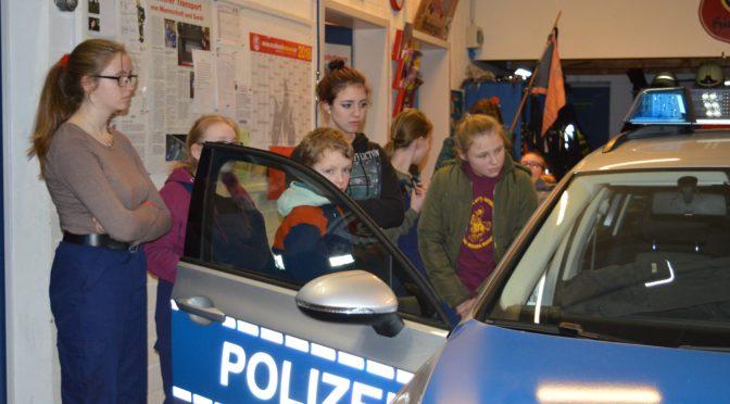 Bei der Jugendfeuerwehr Himbergen war die Polizei zu Gast