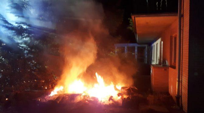 Unrat brennt am leerstehenden Hotel in Bad Bevensen