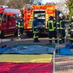 Baustellenunfall wird zum Übungsszenario für Feuerwehr Ebstorf / Gefahrgutzug Nord rückt aus