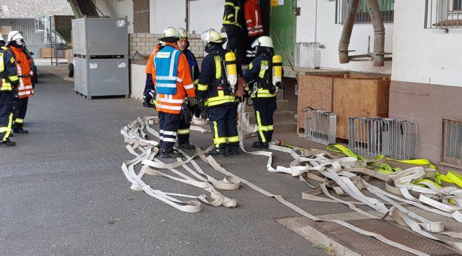 Sieben Ortsfeuerwehren bei Übung in Weste Bahnhof im Einsatz