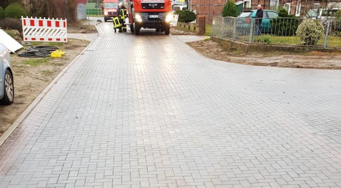 400m² Straße mit Diesel bei Bienenbüttel verunreinigt