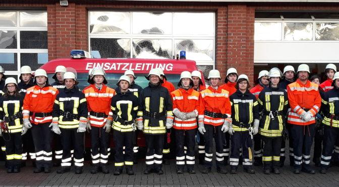 Truppmann Ausbildung mit 28 jungen Kameradinnen u Kameraden….