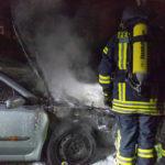 PKW Brand fordert die Wehren Molzen und Uelzen