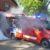Mit ACDC, viel Qualm und Gottes Segen: Räber begrüßt neues Einsatzfahrzeug