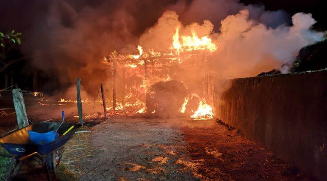 Zwei nächtliche Feuer fordern alle Feuerwehren der Hansestadt Uelzen